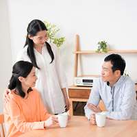 家族と話す